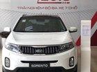 Kia Sorento GAT 2019, màu trắng, tặng ngay bảo dưỡng miễn phí 10.000km
