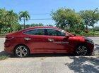 Cần bán xe Hyundai Elantra sản xuất 2016, màu đỏ