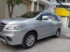 Bán xe Toyota Innova E đời 2014, màu bạc, giá tốt