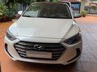 Bán ô tô Hyundai Elantra 2.0AT sản xuất 2017, màu trắng, đi ít, giá 595 triệu