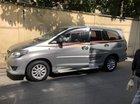 Cần bán xe Toyota Innova đời 2014, màu bạc đã đi 70.000 km, 1 đời chủ, số tự động