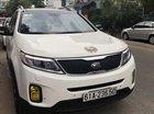 Cần bán xe Kia Sorento sản xuất 2015, màu trắng
