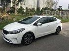 Bán ô tô Kia Cerato AT sản xuất năm 2018, màu trắng, giá tốt