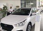 Bán xe Hyundai Accent sản xuất 2019, màu trắng, nhập khẩu