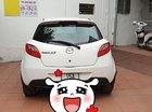 Cần bán Mazda 2 năm sản xuất 2014, màu trắng, nhập khẩu