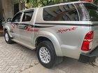 Cần bán lại xe Toyota Hilux E 4x2 đời 2015, màu bạc, nhập khẩu