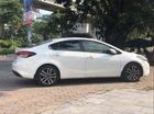 Bán Kia Cerato 1.6AT đời 2016, màu trắng, giá chỉ 565 triệu