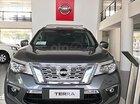 Bán Nissan Terrano V 2.5 AT 4WD sản xuất năm 2018, màu xám, nhập khẩu Thái