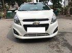 Cần bán gấp Chevrolet Spark MT năm 2014, màu trắng xe gia đình