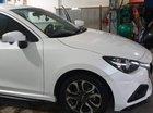 Cần bán gấp Mazda 2 đời 2017, màu trắng