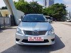 Cần bán lại xe Toyota Innova 2.0E năm 2013, màu bạc số sàn, giá 505tr