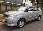 Bán Toyota Innova G sản xuất 2011, màu bạc còn mới