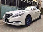 Bán gấp Hyundai Sonata 2.0AT đời 2013, màu trắng, nhập khẩu