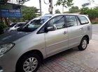 Cần bán Toyota Innova năm sản xuất 2009, màu bạc ít sử dụng