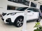 Bán ô tô Peugeot 5008 1.6 AT đời 2019, màu trắng, chiếc xe SUV