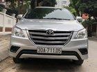 Bán Toyota Innova E đời 2015, màu bạc, chính chủ