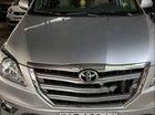 Bán Toyota Innova năm 2015, màu bạc, giá 570tr