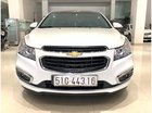 HCM: Chevrolet Cruze LT 2017, màu trắng, trả trước chỉ từ 127 triệu