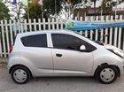 Cần bán Chevrolet Spark MT 2015, màu bạc, xe ít hao xăng, bảo dưỡng thường xuyên