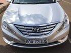 Bán Hyundai Sonata đời 2010, màu bạc, số tự động