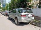 Cần bán xe Toyota Fortuner 2.7V sản xuất năm 2010, màu bạc chính chủ, giá 425tr
