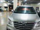 Bán xe Toyota Innova 2.0V sản xuất năm 2016, màu bạc như mới