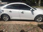 Cần bán lại xe Chevrolet Cruze MT sản xuất 2015, màu trắng, đã sử dụng không lỗi