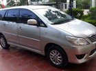 Cần bán gấp Toyota Innova E đời 2013, màu bạc còn mới, 470tr