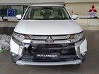 Bán ô tô Mitsubishi Outlander 2.0 CVT Premium 2019, màu trắng giá cạnh tranh