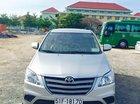 Bán Toyota Innova năm 2015, màu bạc, giá tốt