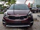 Cần bán Kia Rondo GAT sản xuất 2019, màu đỏ