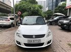 Cần bán Suzuki Swift sản xuất 2015, màu trắng