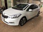 Cần bán xe Kia K3 AT năm sản xuất 2014, màu trắng