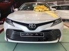 Bán Toyota Camry 2.0G đời 2019, màu trắng, nhập khẩu