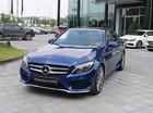 Cần bán Mercedes C300 đời 2017, màu xanh lam