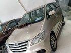 Cần bán xe Toyota Innova 2.0 E sản xuất năm 2016, màu vàng