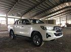 Bán Toyota Hilux 2019, màu trắng, xe nhập