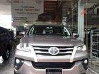 Cần bán Toyota Fortuner sản xuất năm 2019, màu bạc