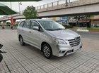 Chính chủ bán ô tô Toyota Innova 2.0E đời 2015, màu bạc