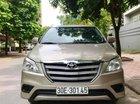 Cần bán lại xe Toyota Innova 2.0 MT sản xuất 2015, màu bạc chính chủ