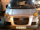 Cần bán Hyundai Starex đời 2004, màu bạc, nhập khẩu