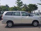 Cần bán lại xe Toyota Innova J đời 2015, màu bạc, xe còn rất đẹp, 1 đời chủ từ đầu