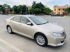 Cần bán Toyota Camry 2.0 E năm sản xuất 2013 giá cạnh tranh