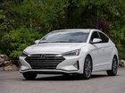 Bán Hyundai Elantra 2019, màu trắng, có sẵn, giao ngay