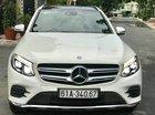 Bán ô tô Mercedes GLC 300 4 matic, màu trắng nội thất nâu