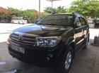 Cần bán Toyota Fortuner năm 2011, màu đen