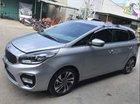 Bán ô tô Kia Rondo 2.0AT năm sản xuất 2017, màu bạc, xe rất đẹp