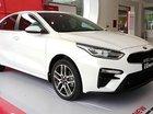 Cần bán Kia Cerato năm 2018, màu trắng, giá chỉ 615 triệu