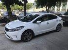 Bán Kia Cerato đời 2018, màu trắng, xe quá đẹp còn bảo dưỡng hãng