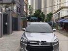 Cần bán Toyota Innova 2017, màu bạc ít sử dụng